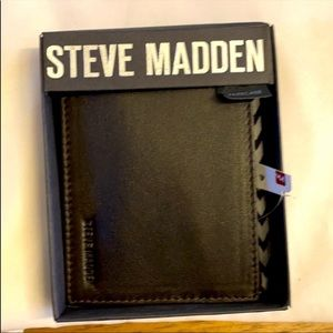 STEVEN MADDEN BROWN LEATHER PASSCASE WALLE…